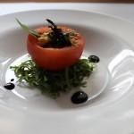 Pomodoro ripieno con maionese veg e alga nori