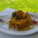 Spaghetti con fiori di zucca